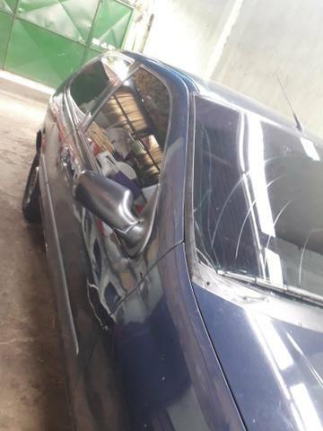 Vendo ou troco com moto mais com volta pra mim palio 97 - Foto 2