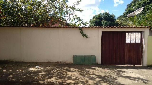Casa 2 Qts com Ótima localização na Vila Regina