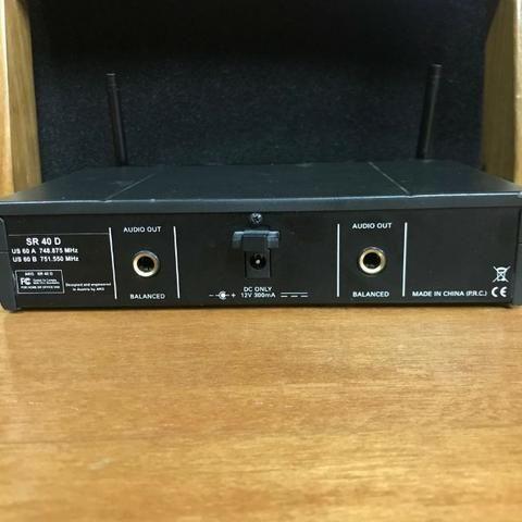 Microfone sem fio base dupla AKG - Foto 4
