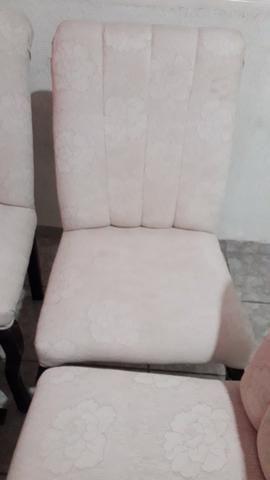 Vendo pra hoje.cadeiras almofadadas - Foto 3
