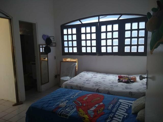 Excelente Casa com Piscina em Candeias - Foto 9