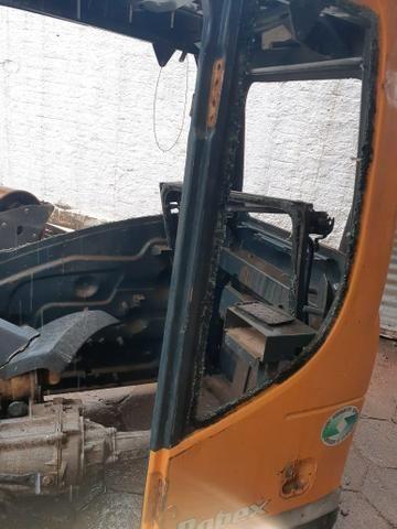 Cabine Escavadeira hidráulica Hyundai R 140 - Foto 5