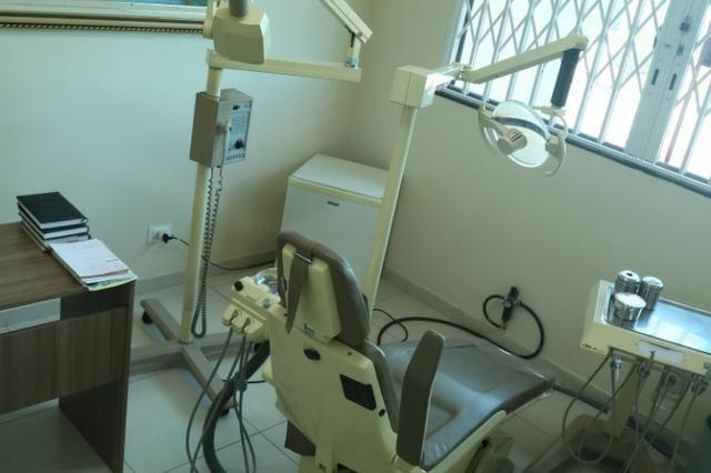 Vende-se Consultório Odontológico - zona leste