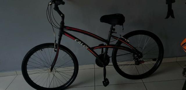 Bicicleta Caloi 300 - Aro 26 Feminina - Shimano 21 Marchas