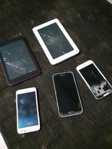 Vendo 3 celulares e 2 tablets quebrados