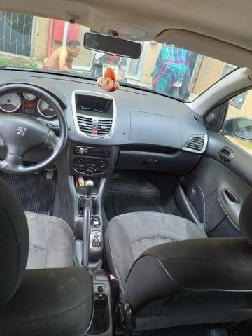 Vendo ou troco Peugeot sedã - Foto 2