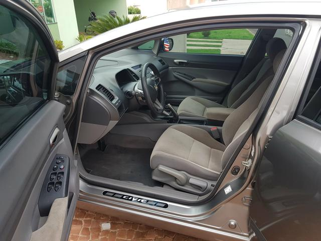 Vendo Honda Civic LXL 1.8 2011 manual Ótimo Preço - Foto 6
