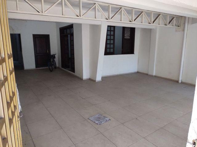 Casa em Nazaré - 480m2 - 2 ou 3 vagas de garagem - Foto 2