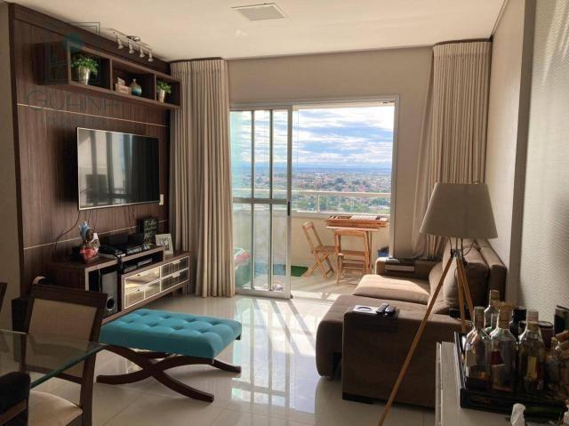 Apartamento bem localizado, com 3 quartos e sacada com churrasqueira à venda, 93 m² por R$