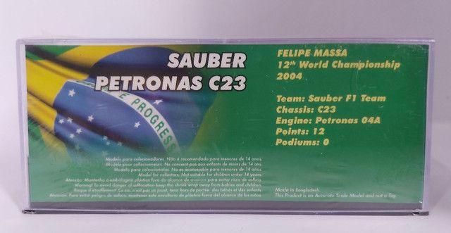 VENDO FÓRMULA 1 SAUBER PETRONAS C23 FELIPE MASSA 1/43  ITALY GP 2004 - Foto 2
