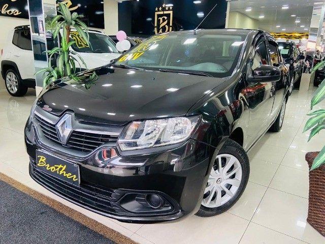 Renault logan expression 1.6 manual com GNV  - Foto 3