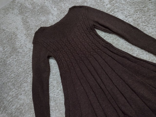 Vestido novo de tricô  - Foto 2