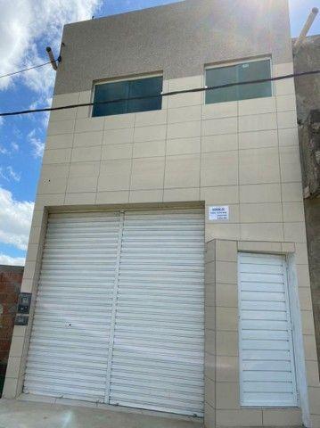 Vendo ou troco Apartamento (térreo e 1° andar) - Rua principal do Hosana