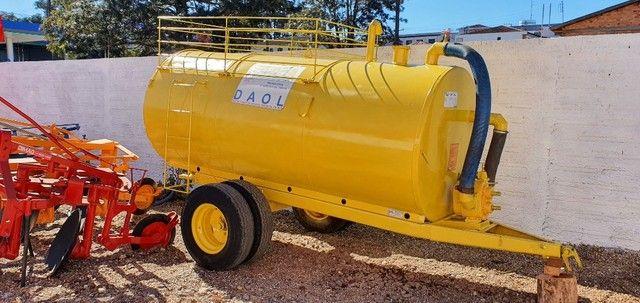 Tanque Distribuidor de Adubo Orgânico Líquido Daol Mepel 4000 L - Trator