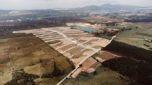 Terreno 304,50m² á venda no Loteamento Bosque Imbituba