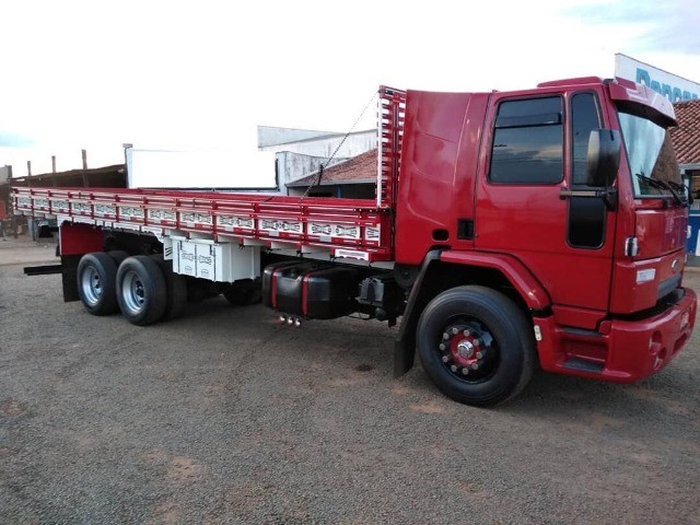Ford Cargo 1722 Ano 2010 Carroceira.