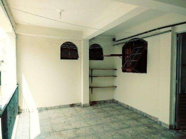 Aluga-se casa térrea 2 cômodos