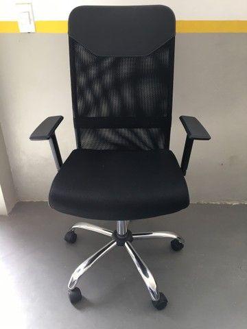 Cadeira Presidente Tela Mesh Preta Reclinável Escritório Giratória Home Office