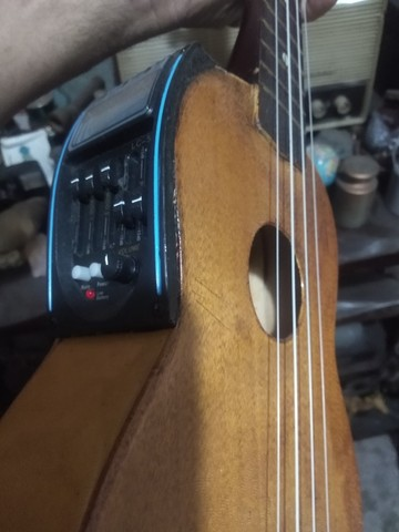 violao ukulele stagg eletrico top novo - Foto 4