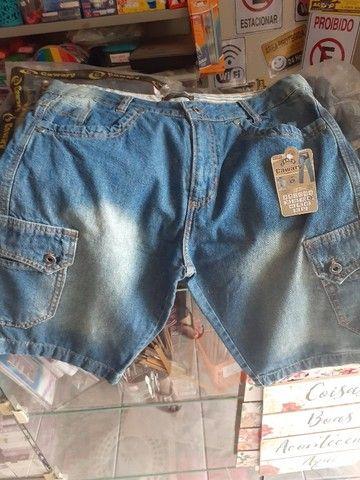 Lote 50 Jeans Novo Masculino/Feminino Bermudas e Calças tamanhos, cores e modelos variados - Foto 5