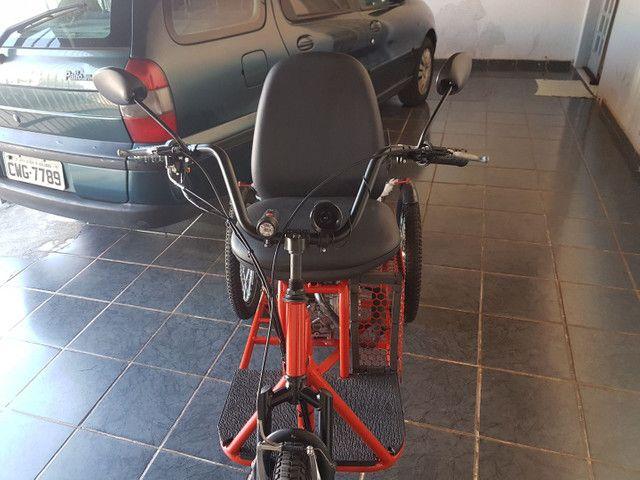 Triciclo motorizado 49cc 4t - Foto 3