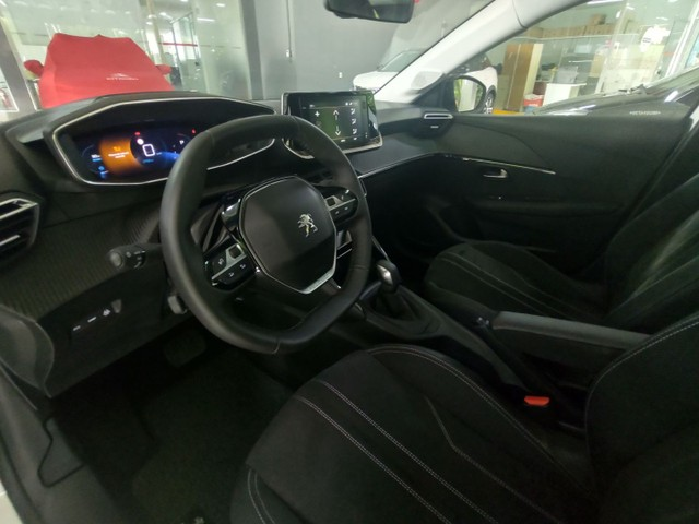 Peugeot 208 New Griffe 1.6 AT Flex 2021 Negociação Julio Cezar (81)9. * - Foto 7