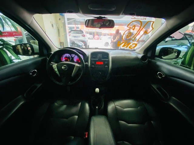 Nissan Versa Sl 1.6 2016 - Foto 8