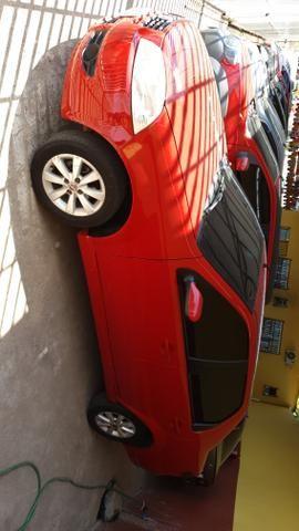 Siena El 1.0 modelo 2011(aceito moto)