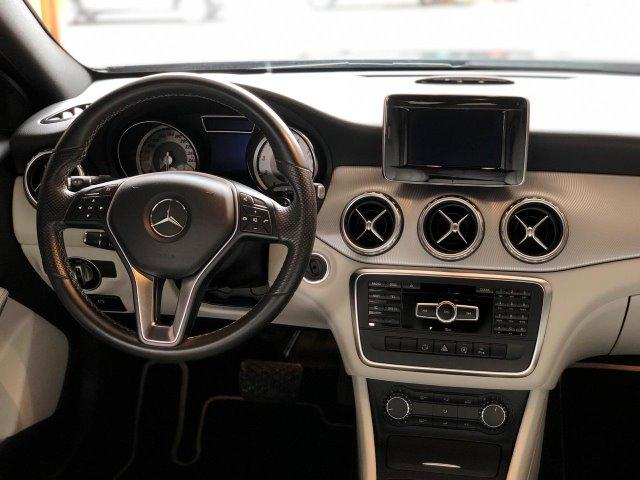 Mercedes-Benz Classe GLA 200 Advance - 2015 - Foto 16
