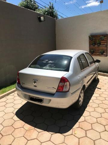 Clio Sed. Authentique Hi-Flex 1.0 16V 4p - Foto 4