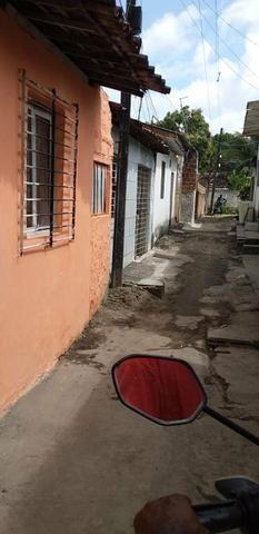 Alugo casa em Dom Helder Não paga água nem luz - Foto 2