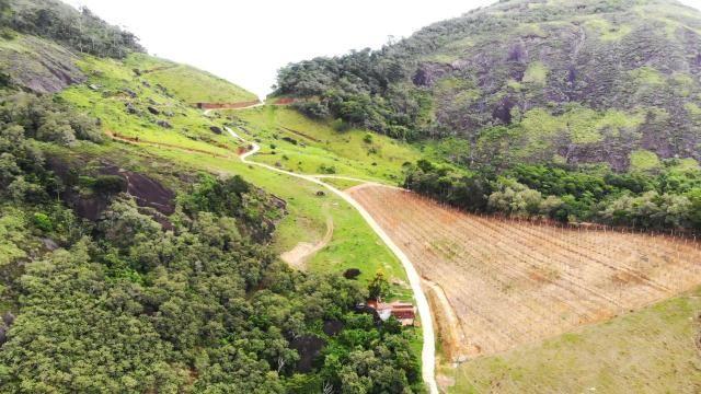 Área de 20 mil m², Escriturada, na Linda Fazenda Serra da Risca. Valores variáveis conform - Foto 9