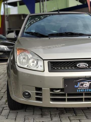 Ford Fiesta Sedan  - Foto 14