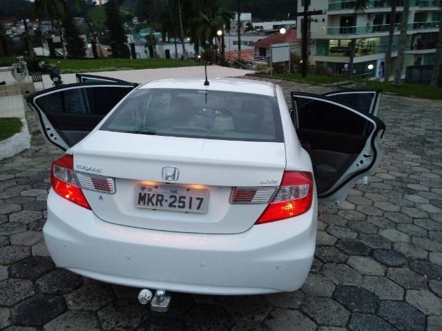 Honda Civic Lxs 1.8 Branco - Baixo KM - Foto 6