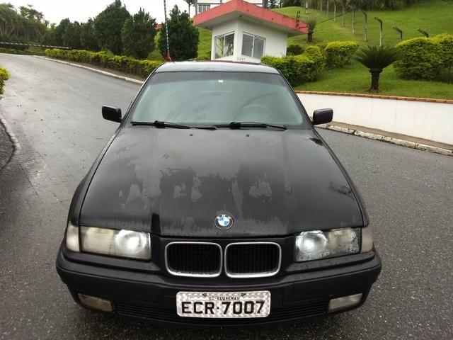 BMW 318i COMPACT ANO 95 MANUAL 4 CC COMPLETA FUNCIONA - Foto 4