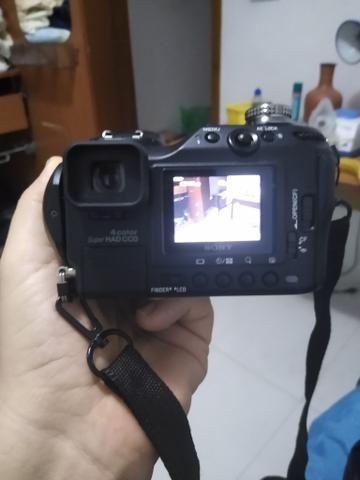 Câmera Sony F828 captura Ovnis - Foto 4