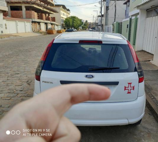 Ford Fiesta Rocam Hatch - Foto 2