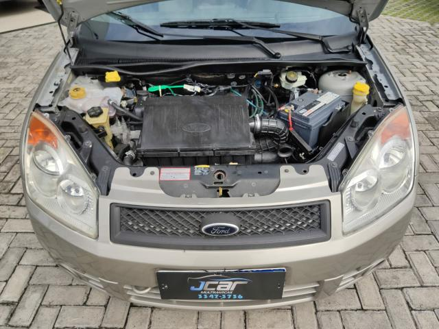Ford Fiesta Sedan  - Foto 10