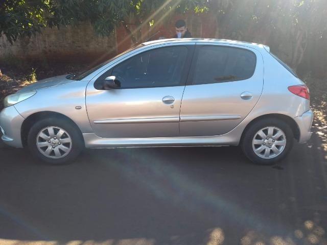 Vendo Peugeot 207 - Completo Ano 2010 - Foto 5