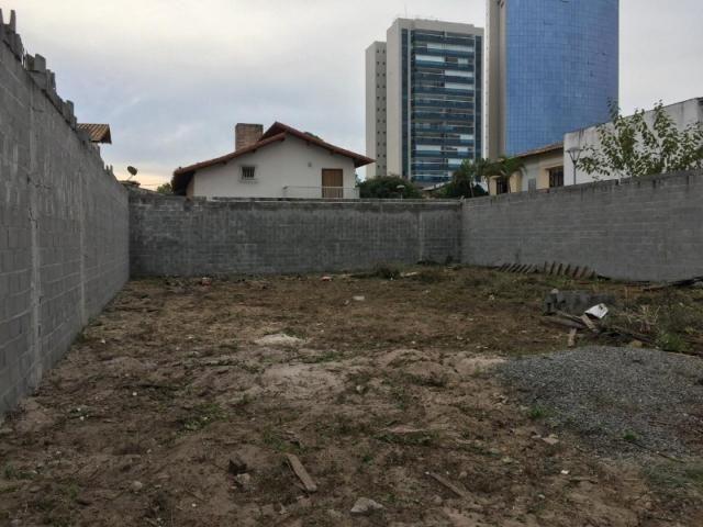 Terreno na mata da praia com 390m².