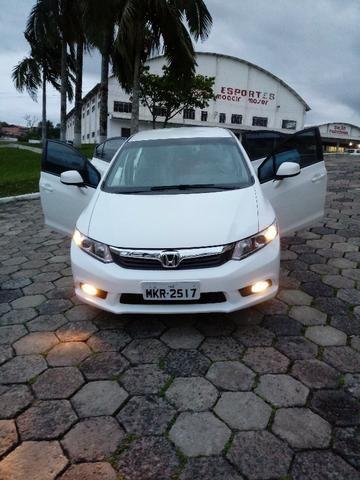 Honda Civic Lxs 1.8 Branco - Baixo KM - Foto 8