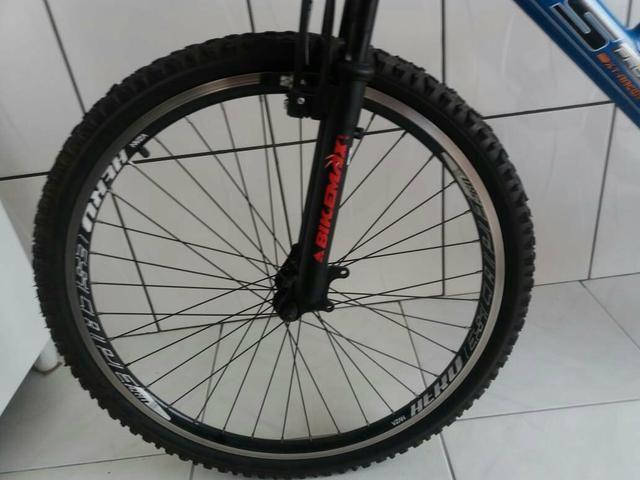 Barbada! bicicleta semi nova aro 26!!! - Foto 4