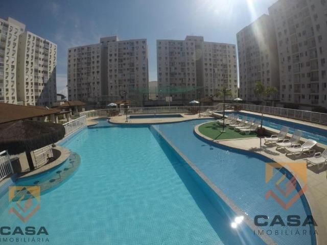 _ Apartamento no Villaggio Laranjeiras com 3 qts c/ suíte