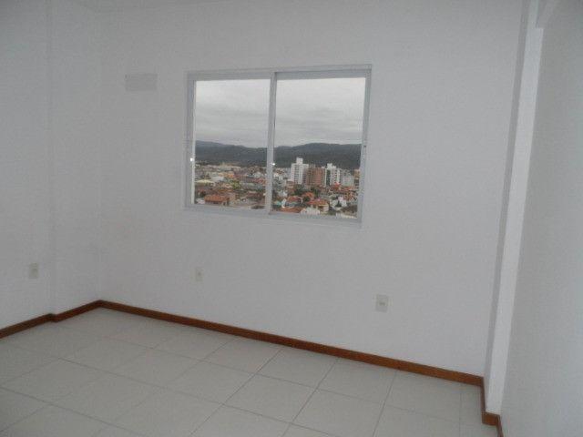 620 - Apartamento com Sacada para Alugar no Jardim Cidade de Florianópolis! - Foto 9