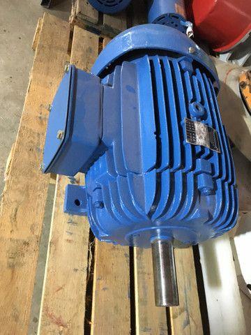 Motor elétrico trifásico 20 cv 3500 rpm