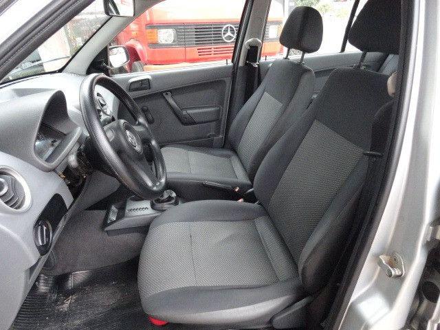 VW Gol 1.0 2011/2012 com ar condicionado - Foto 16