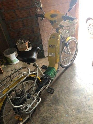 Vende-se bicicleta elétrica para retirada de peças