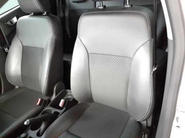 Ford New Fiesta TIT. 1.6 16V Flex Aut. 4P - Foto 7