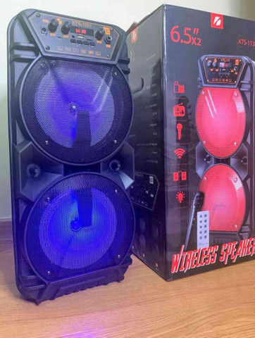 Caixa de som super potente c/ microfone e controle - Foto 4
