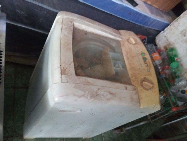 Maquina de lavar Eletrolux 8kg com defeito por 150 reais - Foto 2